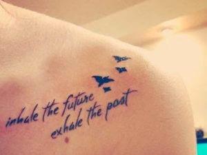 tatuaje-frase-mujer-3