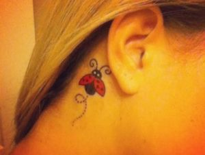 tatuaje-mujer-tono-pastel-2