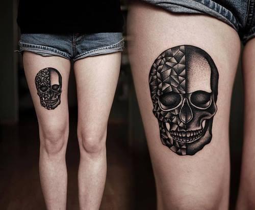 tattoo- skull - leg - woman