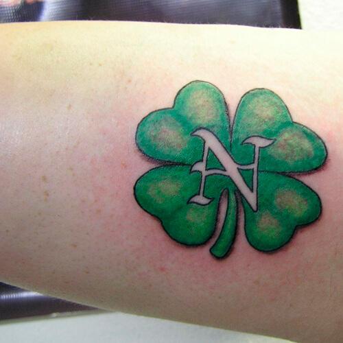 tatuaje de letras 5.jpg