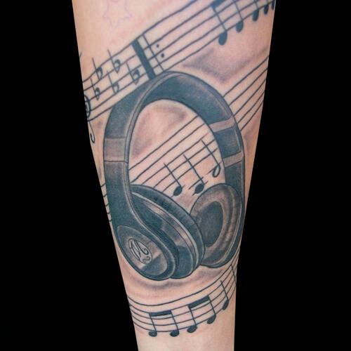 tatuaje de musica-musical 3.jpg